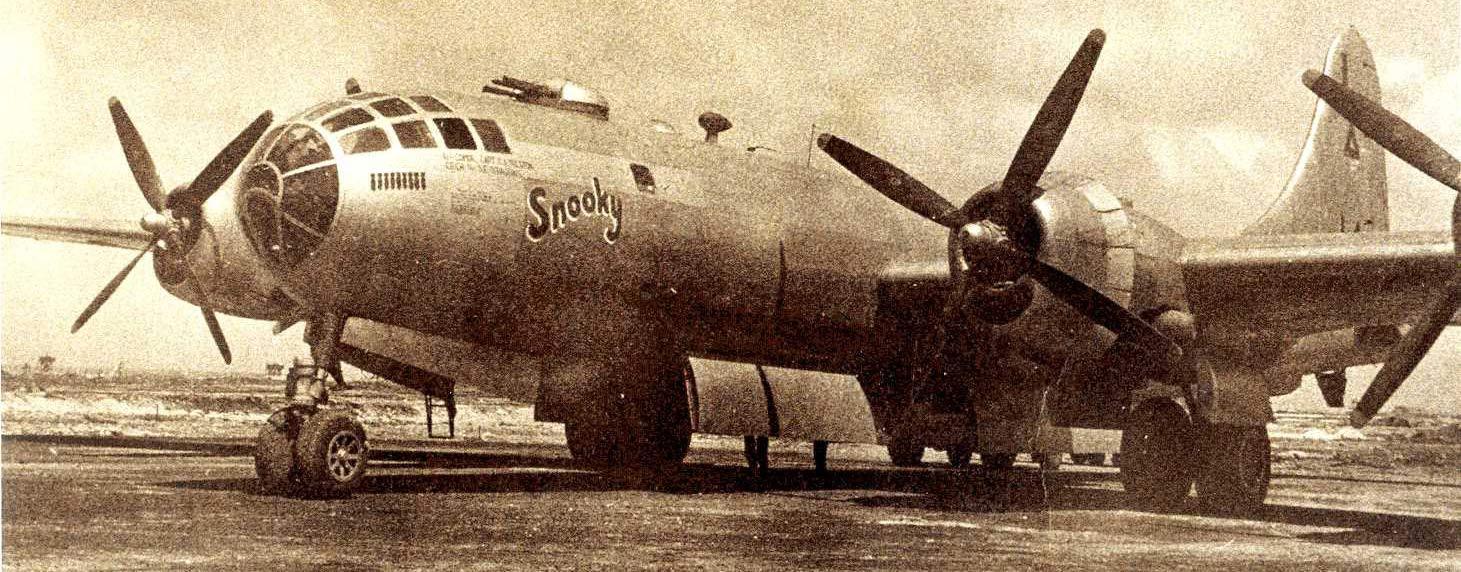 """B-29 """"Snooky"""" Pacific War"""